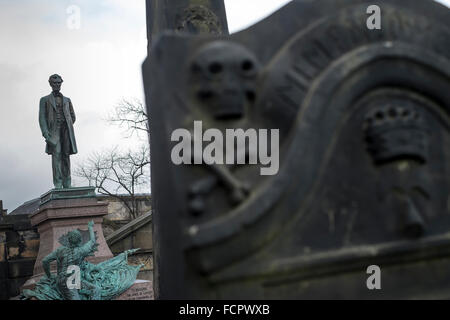 Skull, Cemetery, Old Calton Burial Ground, 1819, Obelisk, City of Edinburgh, memorial, monument, vault, historic, - Stock Photo