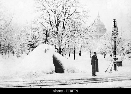 Great Blizzard of 1888. Washington DC during the Great Blizzard of March 1888 - Stock Photo