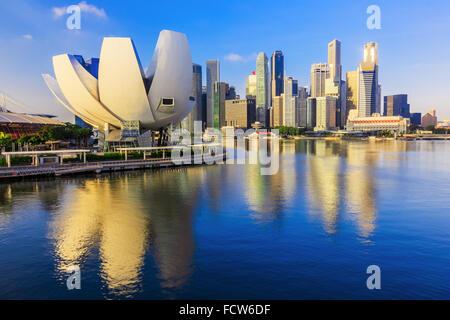 Singapore City, Singapore. Marina Bay and the skyline. - Stock Photo