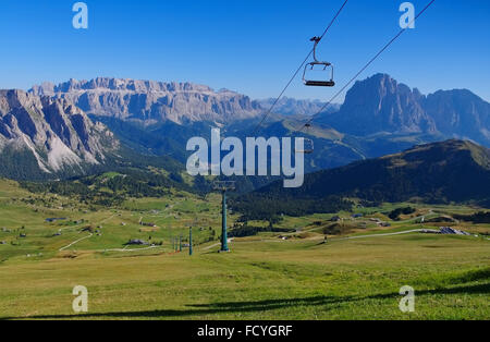 Sella Gruppe in den italienischen Dolomiten - Sella group mountains in italian  Dolomites - Stock Photo