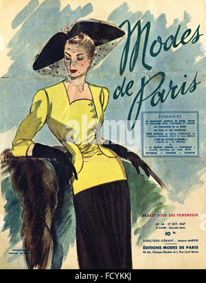 Cover of original vintage French fashion magazine Modes de Paris from 1940s dated 17th October 1947 - Stock Photo