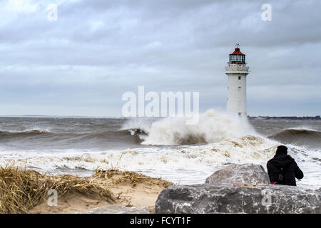 New Brighton, Wallasey, Liverpool, UK. 26th January 2016. UK weather. High waves crash against the sea defences - Stock Photo