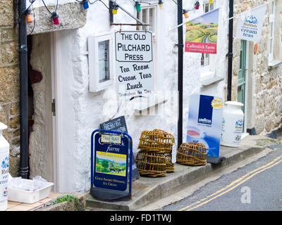 The Old Pilchard Press Tea Rooms, Mousehole Village, Cornwall, England, UK - Stock Photo