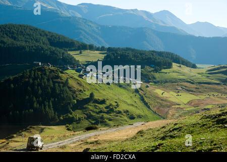 Georgien, Kachetien, Tuscheti-Nationalpark, Dorf Shenako - Stock Photo