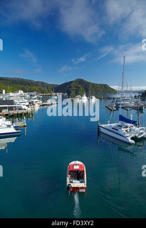 Boats and marina, Picton, Marlborough Sounds, South Island, New Zealand - Stock Photo