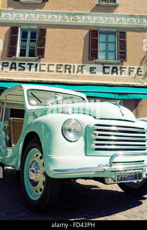 Fiat Topolino Jolly beach automobile 1954 - Stock Photo