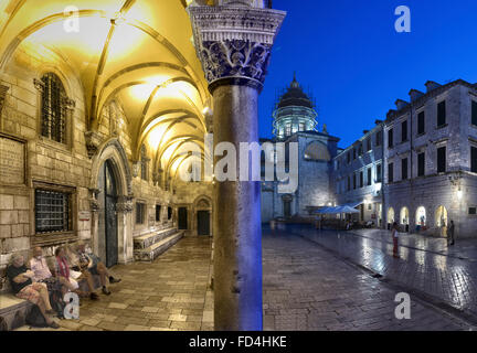 Croatia, Dubrovnik, Dubrovnik Cathedral and Rector´s Palace, night - Stock Photo