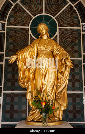 Virgin mary statue in Saint Sulpice catholic seminary church, Issy-les-Moulineaux. - Stock Photo
