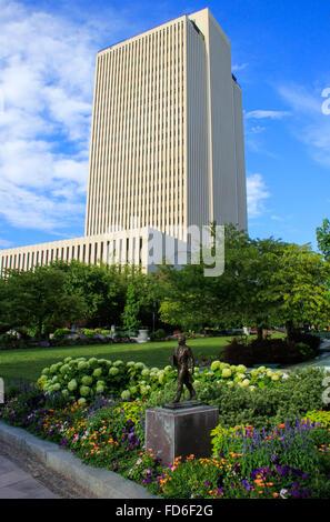 LDS Church Office Building, Temple Square, Salt Lake City, Utah, USA ...