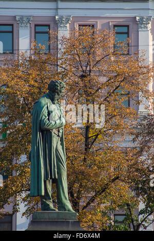Statue of Russian poet Alexander Pushkin on Pushkinskaya ploshchad, Moscow, Russia - Stock Photo