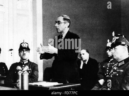 Theodor Haubach before the People's Court in Berlin, 1944 - Stock Photo