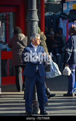 London, UK, 28 January 2016, Sadiq Khan. MP for Tooting and Labour candidate for Mayor of London,  having his photo - Stock Photo