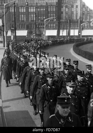 Propaganda march of the SA through Berlin for the Reichstag election 1936 - Stock Photo