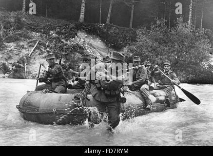 Manoeuvre of the mountain infantry in Mittenwald, 1937 - Stock Photo