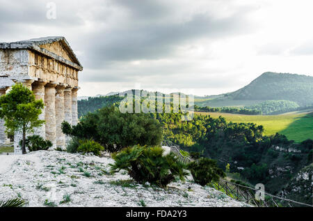The Doric Temple at Segesta, Sicily built in late 5th century BC - Stock Photo