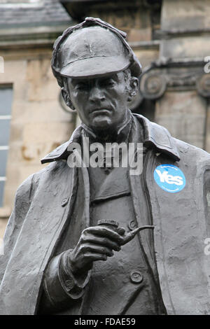 Sherlock Holmes statue in Edinburgh (birthplace of author, Sir Arthur Conan Doyle) during Scottish independence - Stock Photo