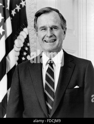 George H W Bush. Portrait of President George H W Bush, c.1989 - Stock Photo