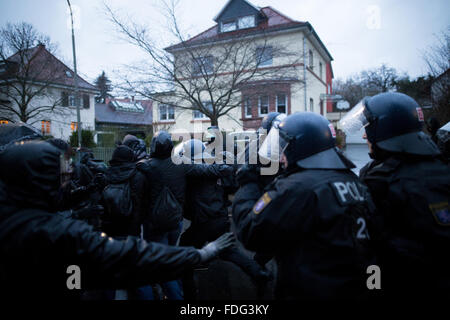 Buedingen, Germany. 30th December, 2016. Buedingen, Germany. 30th Jan, 2016. Neonazis march through Hesse town of - Stock Photo