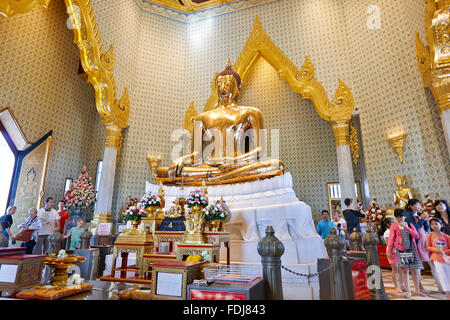 Solid gold Buddha image in Wat Traimit Temple. Bangkok, Thailand. - Stock Photo