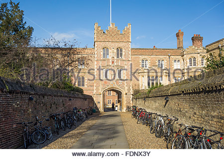 Jesus College Gatehouse, Cambridge, England, UK, part of the University of Cambridge (Cambridge University) - Stock Photo