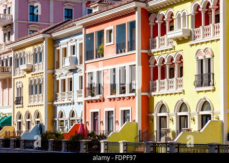 Colourful Venetian Style Houses At Qanat Quartier The