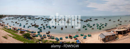 Viet Nam. Vietnam. East Asia, The village is called Lang Chai, Mui Ne fishing village. boats bay coracles - Stock Photo