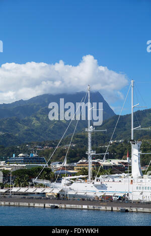 Cruise ship in harbour, Pape'ete, Tahiti, French Polynesia - Stock Photo