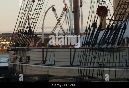 Mid beam of RRS Discovery, Discovery Point, Dundee, Scotland, UK - Stock Photo