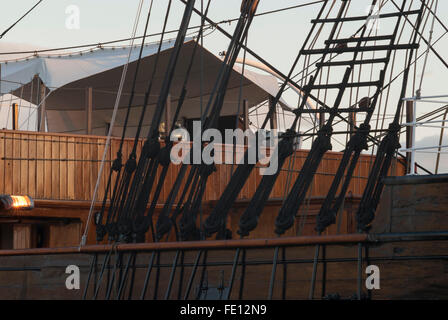 Quarterdeck of RRS Discovery seen through rigging, Discovery Point, Dundee, Scotland, UK. - Stock Photo