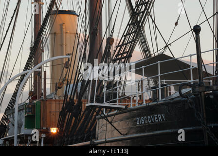 Funnel,mainmast and mizzenmast, RRS Discovery, Discovery Point, Dundee, Scotland, UK. - Stock Photo