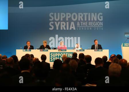 London, UK. 4th February, 2016. (L-R): United Nations Secretary General Ban Ki-Moon, Erna Solberg, Prime Minister - Stock Photo