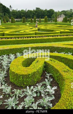 Ornate borders at Pitmedden Garden, Aberdeenshire, Scotland. - Stock Photo