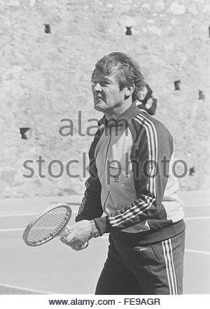 Roger Moore play tennis Greece - Stock Photo