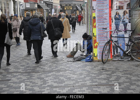 Copenhagen, Denmark. 5th February, 2016. Begging is unlawful and some foreign national members of the European Union - Stock Photo
