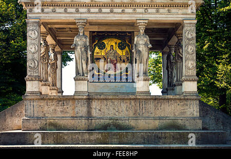 Munich, The Angel of Peace: plinth detail of  monument  built on 1896 on Isar riverbank, supported by caryatids - Stock Photo