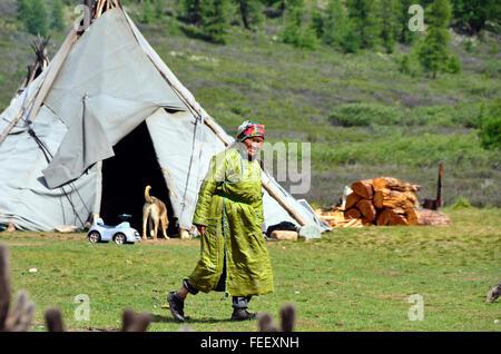 Duhkha (same as Tsaatan) woman - Stock Photo