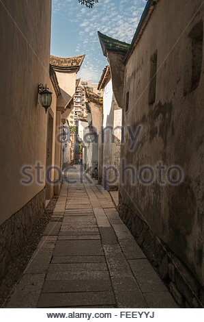 An alleyway in the Three Lanes Seven Alleys old town part of Fuzhou city - Stock Photo