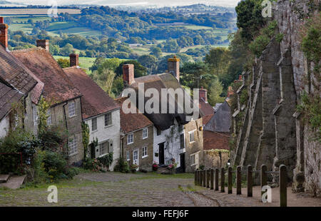 Gold Hill, Shaftesbury, Dorset, England, United Kingdom. Scene of famous Hovis bread advert - Stock Photo