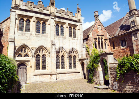 One of the historic buildings at the end of Vicar's Close in Wells, Somerset, UK - Stock Photo