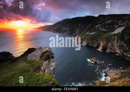 sunset at Slieve League (Irish: Sliabh Liag) - At 601 metres (1,972 ft), the highest sea cliffs in Ireland - Stock Photo