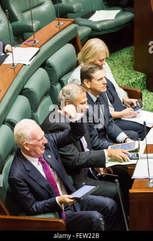Melbourne, Australia. 9th February, 2016. Senior opposition Ministers heckle the governmnet as Question Time resumes - Stock Photo