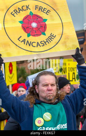Blackpool, Lancashire, UK 9th February, 2016. The decision to allow shale gas drilling - or fracking is to be decided - Stock Photo
