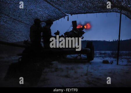 Paratroopers assigned to B Battery, 2nd Battalion, 377th Parachute Field Artillery Regiment, 4th Infantry Brigade - Stock Photo