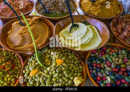 olives , Market stall in Lourmarin, Provende-alpes-cote, Provence, France - Stock Photo