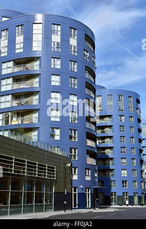 Modern flats holloway london england uk stock photo for Queensland terrace