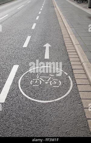 Bike Lane Symbol Bonn Germany Stock Photo 95351720 Alamy