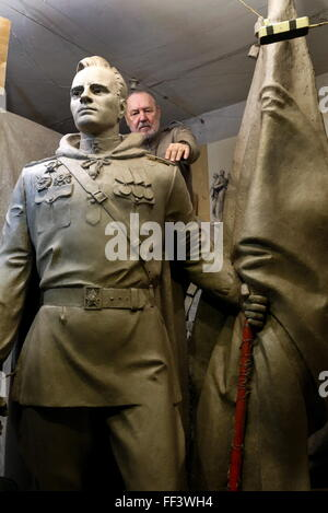 Rostov-on-Don, Russia. 10th February, 2016. A model of statue of Red Army officer Alexei Berest (1921 - 1970), holder - Stock Photo