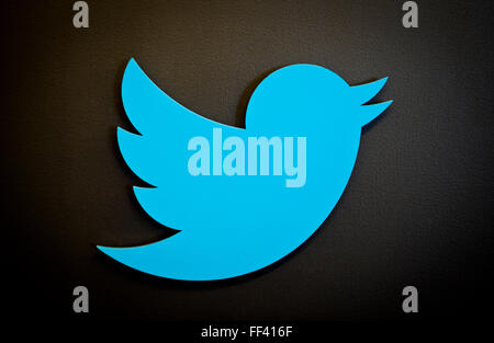 San Francisco, California, USA. 22nd May, 2013. The logo of the Internet messaging service Twitter in San Francisco, - Stock Photo