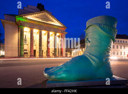 Europe, Germany, North Rhine-Westphalia, Detmold, a replica of the left foot of the Hermann monument in front of - Stock Photo