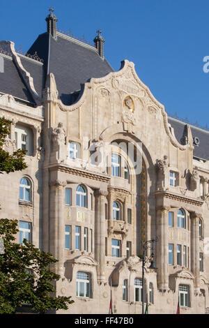Art Nouveau style Four Seasons Hotel Gresham Palace, Budapest, Hungary - Stock Photo